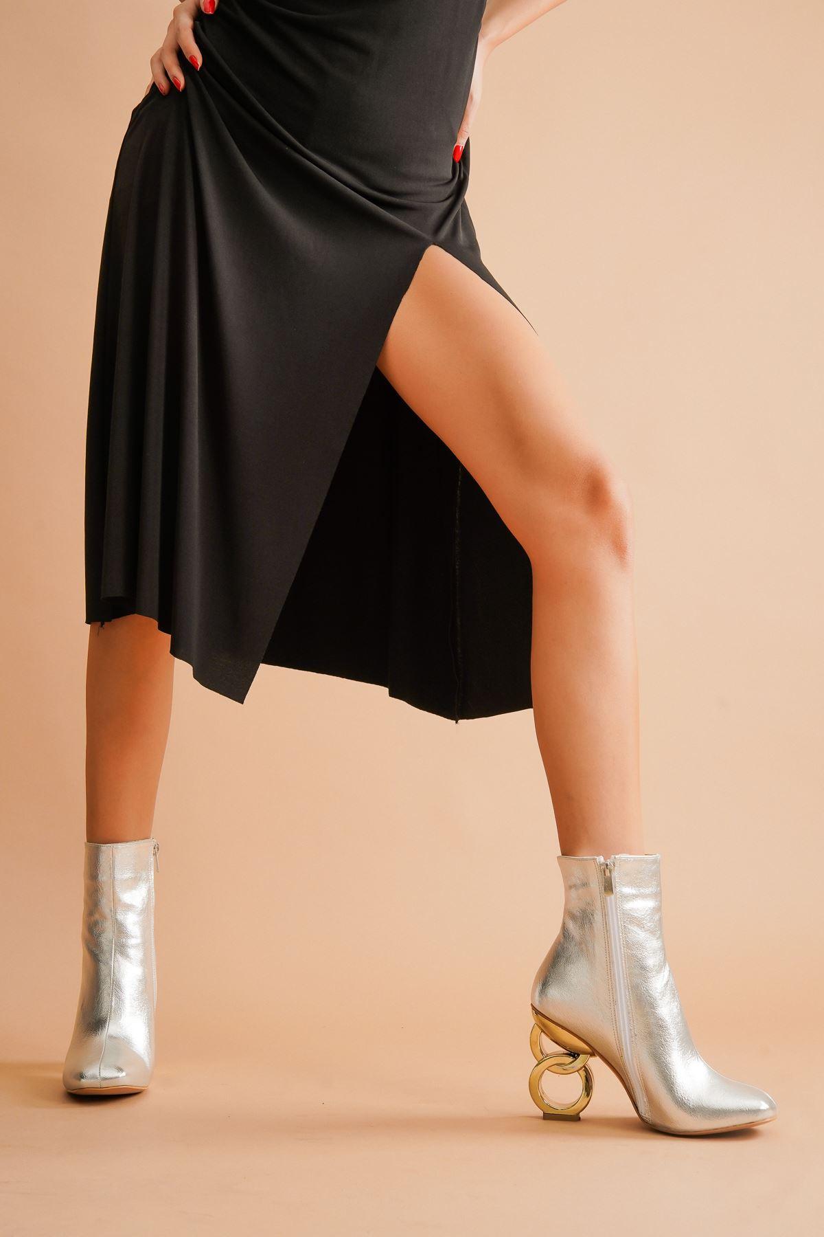 Shema Gümüş Kırışık Halka Topuklu Kadın Bot