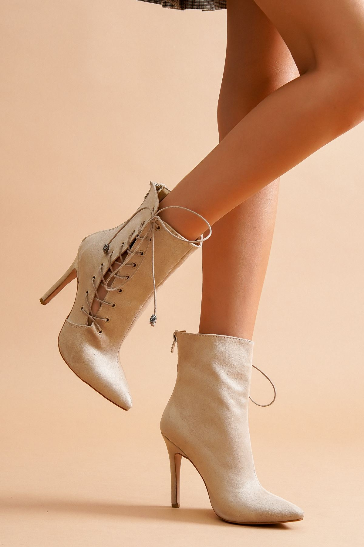 Aida Ten Süet Topuklu Kadın Ayakkabı
