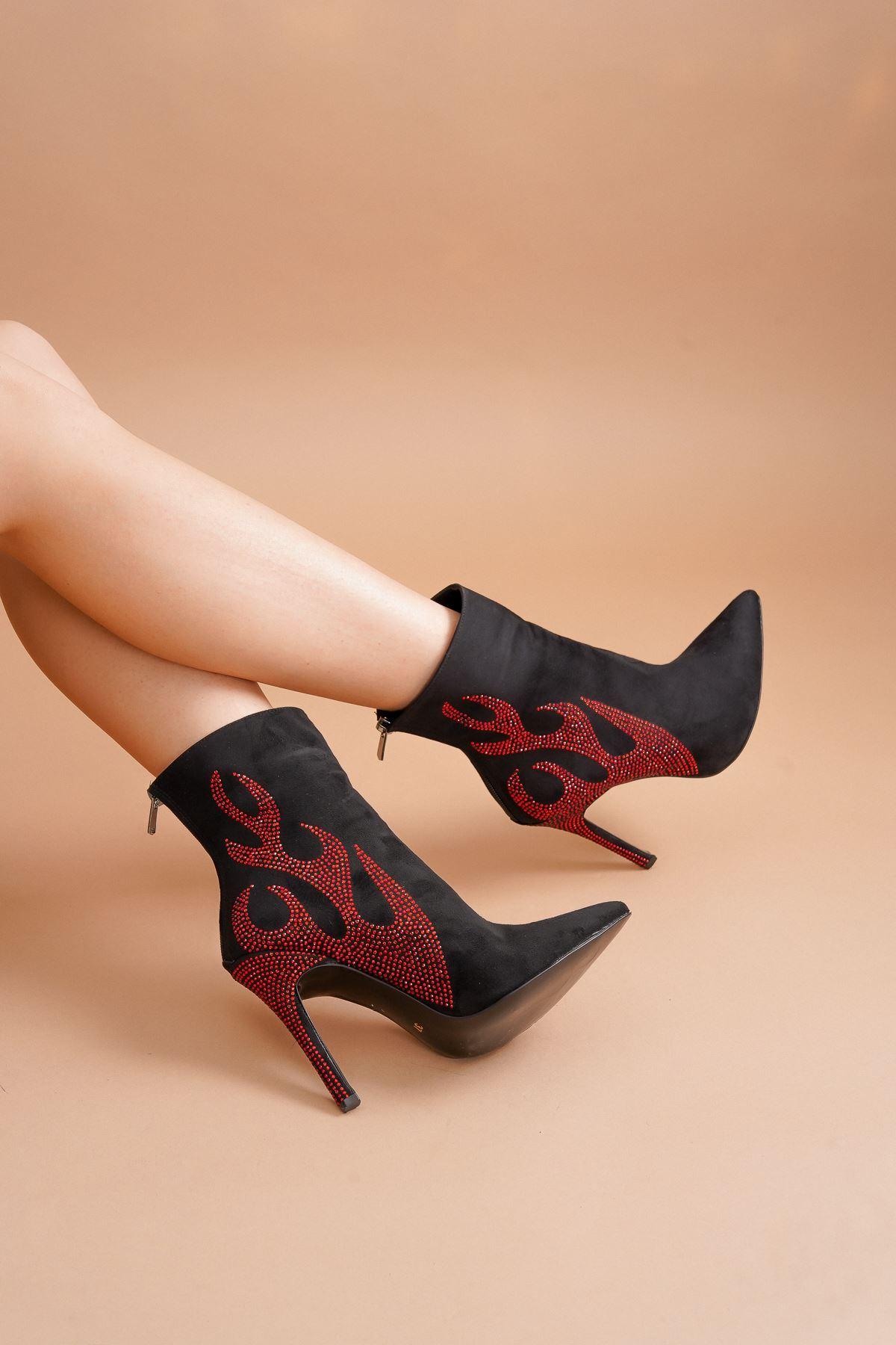Tegan Siyah Süet Kırmızı Taş Alevli Topuklu Bot