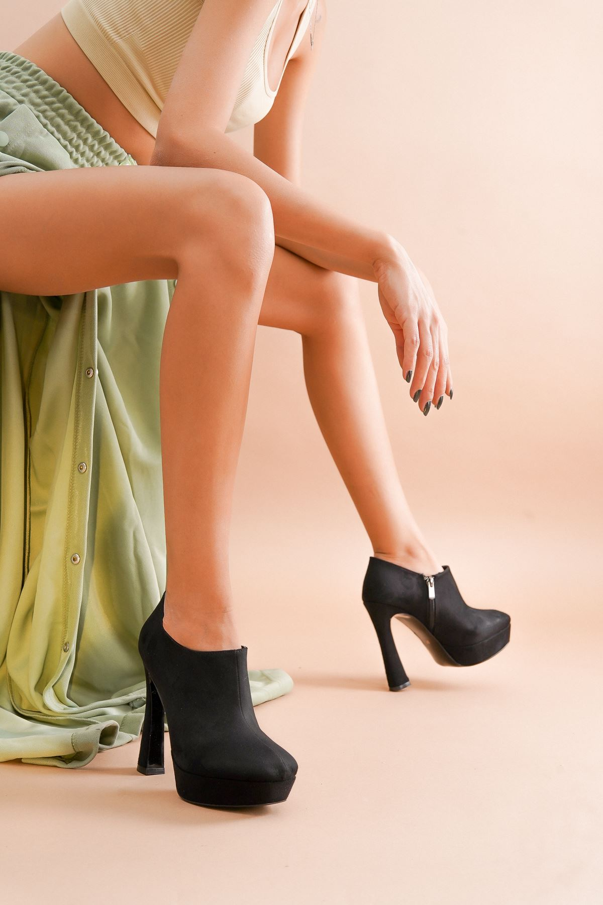 Cattle Siyah Süet Topuklu Kadın Bot