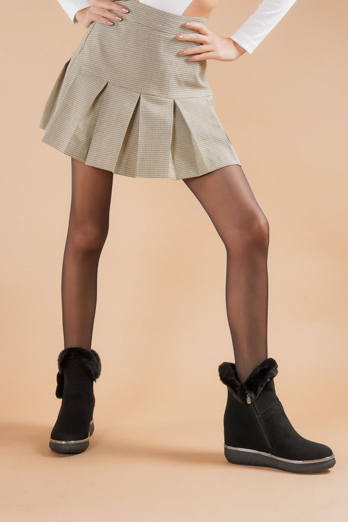 Frida Siyah Süet Topuklu Kadın Bot
