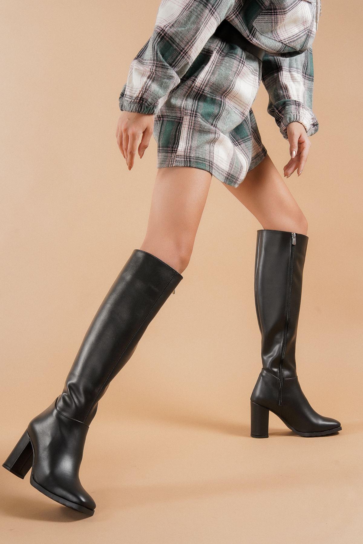 Monet Siyah Cilt Topuklu Kadın Bot