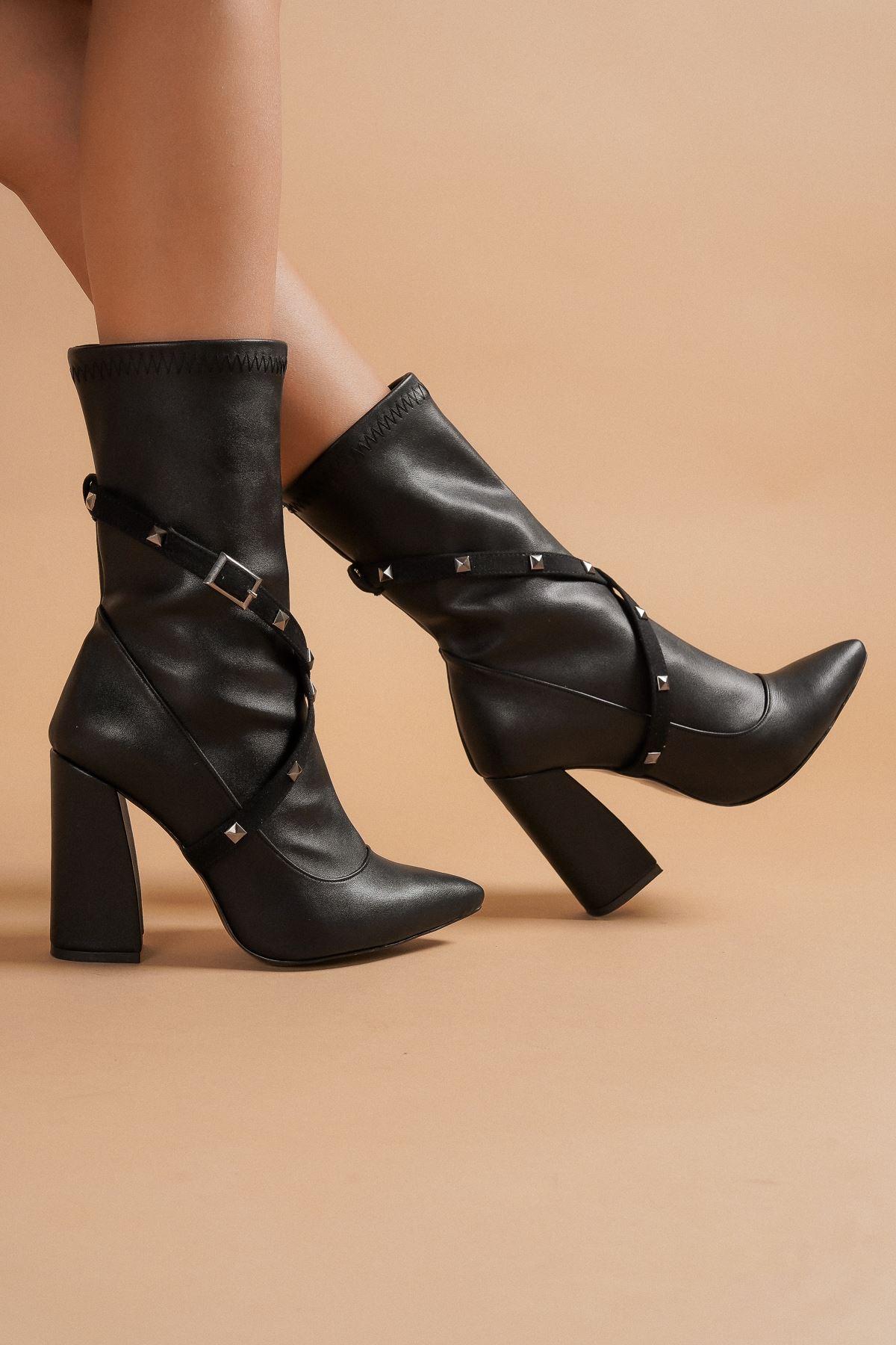Milano Siyah Cilt Topuklu Kadın Bot
