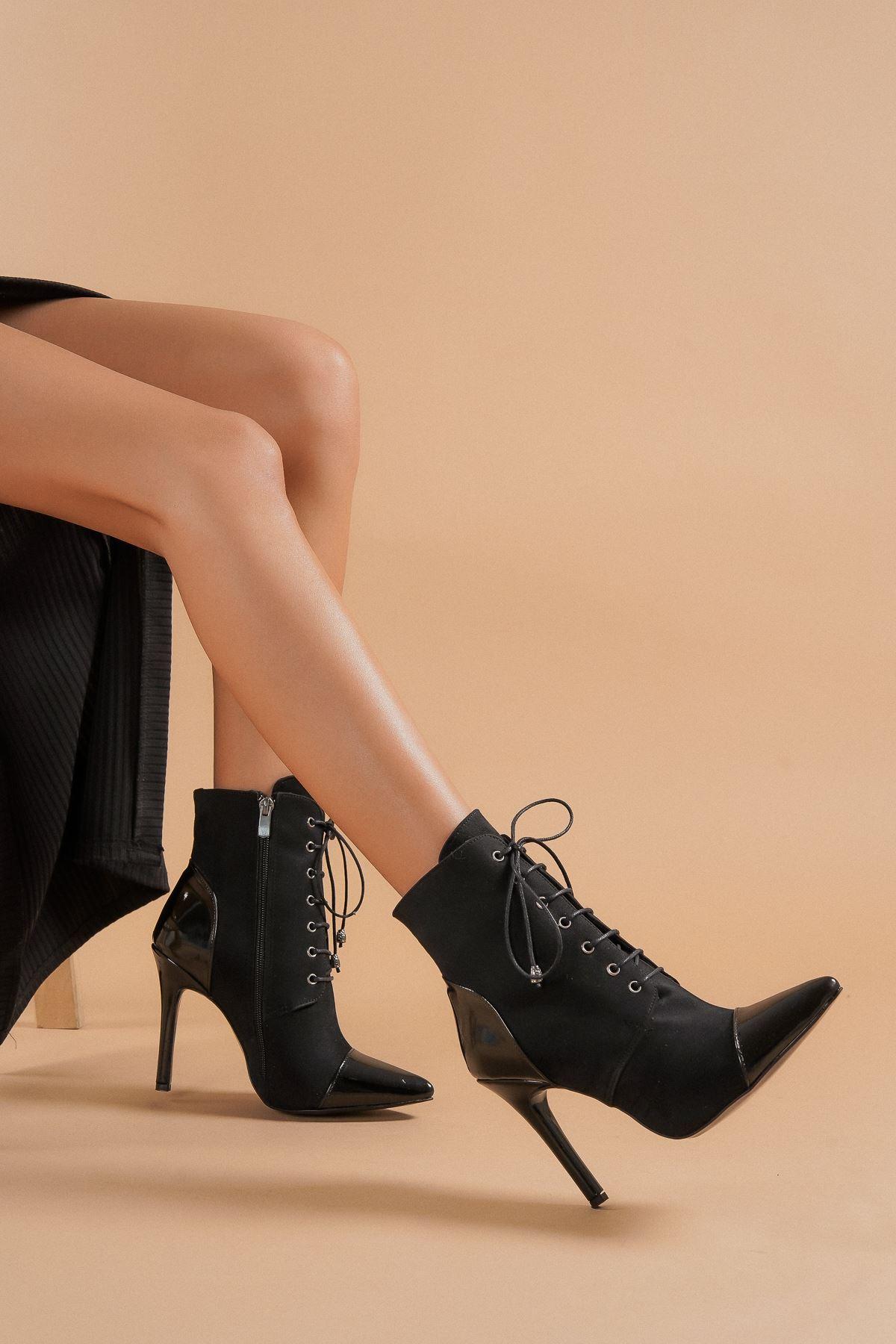 Carla Siyah Süet Siyah Rugan Topuklu Kadın Bot
