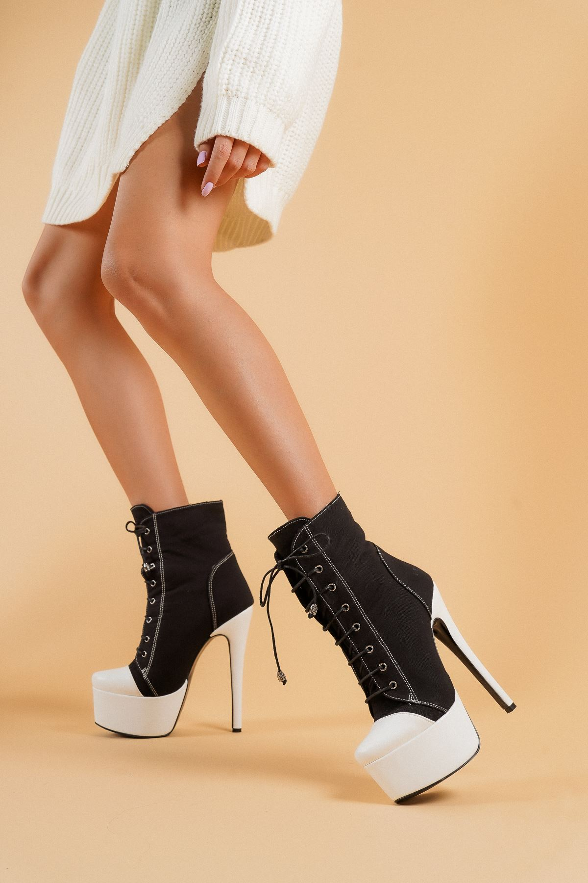 AllStar Siyah Keten Beyaz Cilt Topuklu Kadın Bot