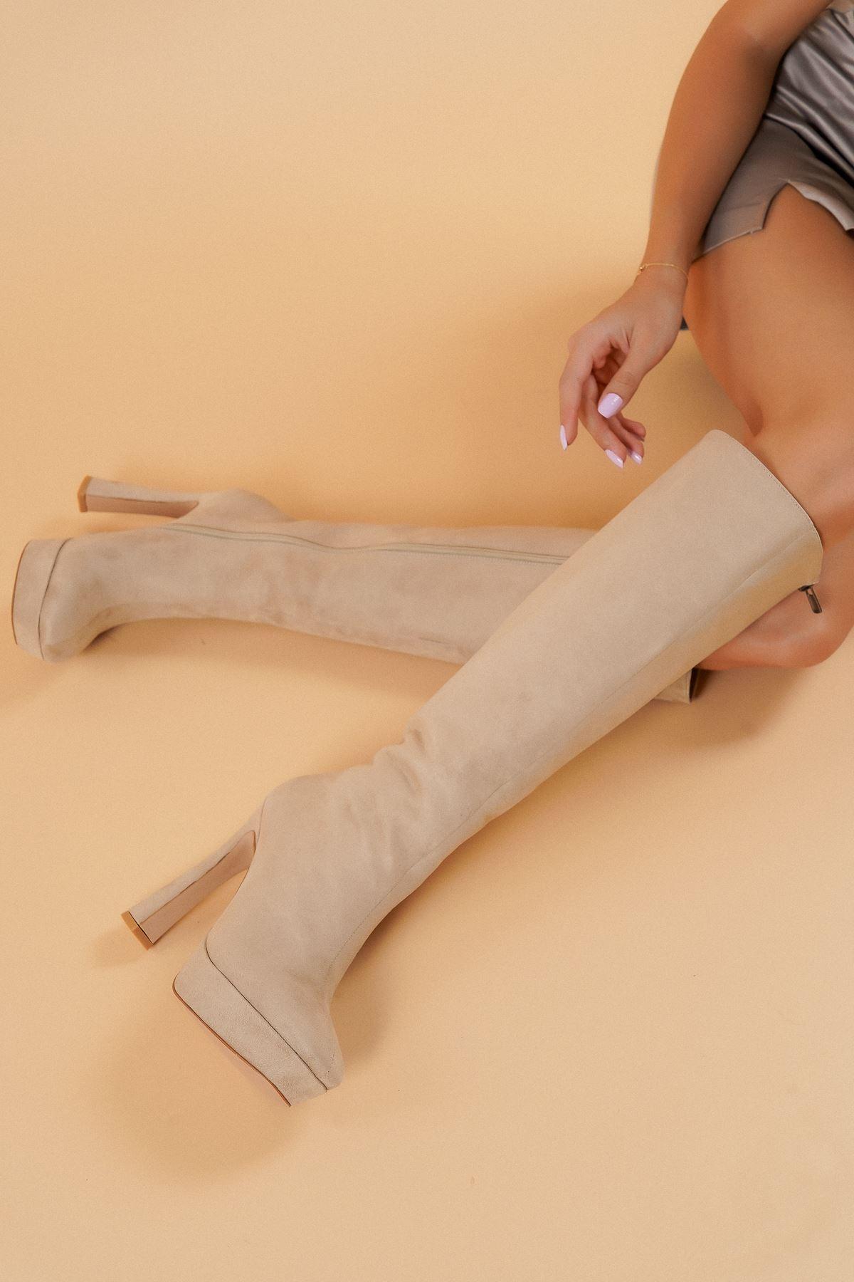 Lilys Ten Süet Topuklu Kadın Çizme