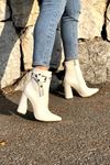 Cristina Beyaz Kroko Topuklu Kadın Bot